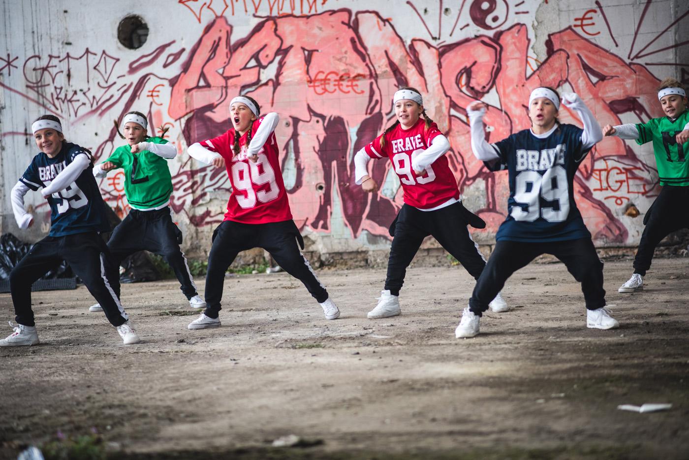Hip hop grafiti in plesalci